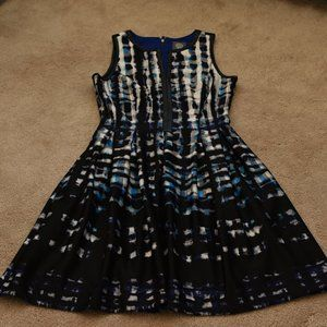 Patterned Balloon Vince Camuto Dress